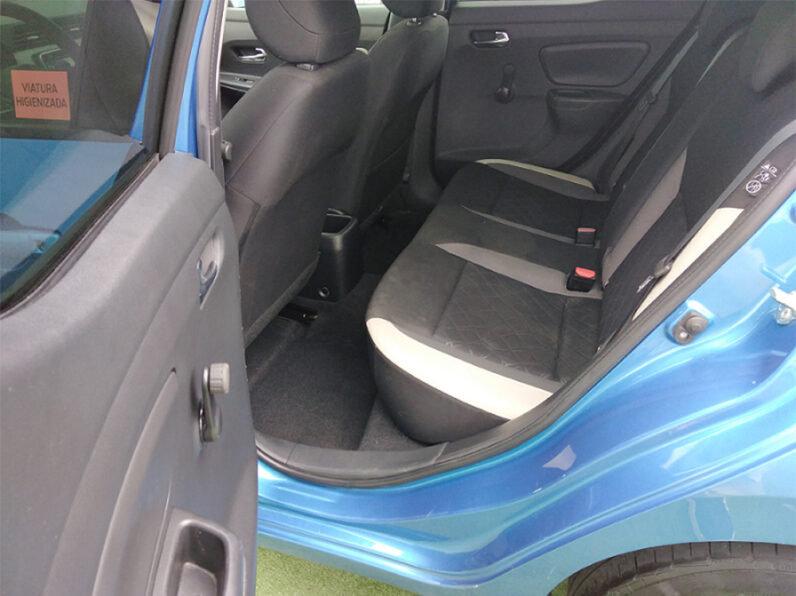 Renault Captur 0.9 TCe Exclusive Automático completo