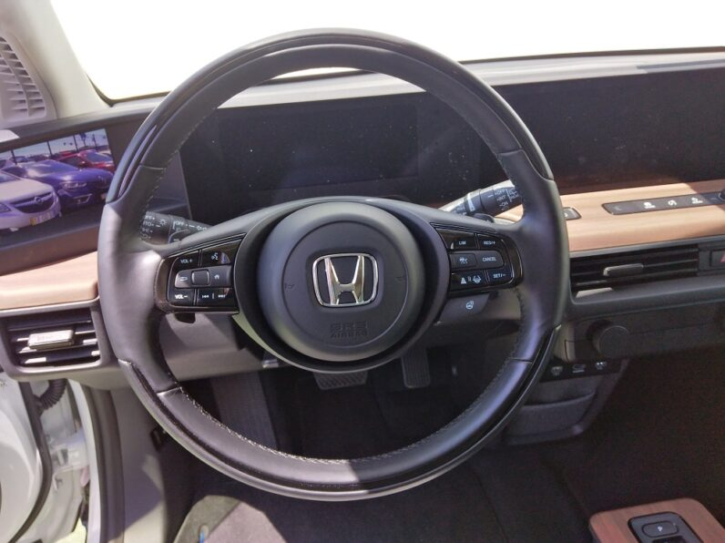 Honda e Advance completo
