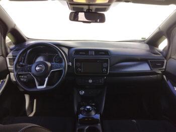 Nissan Leaf 40kMH N-Connecta completo