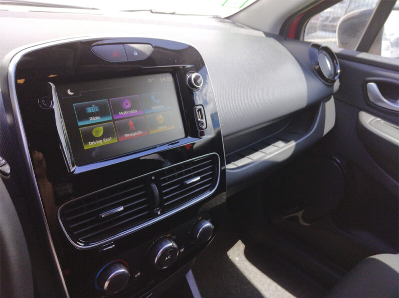 Renault Clio Sport Tourer 1.5 DCi Limited completo