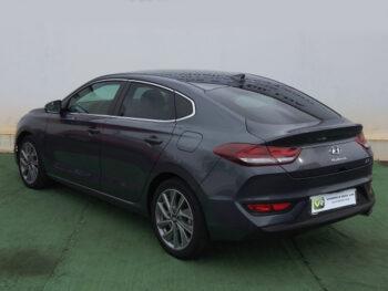 Hyundai i30 1.0 T-GDi Fastback Style completo